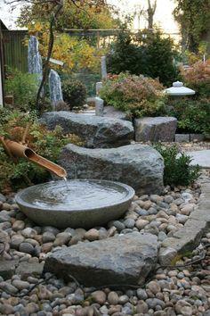 Traditional Japanese Tsukubai Arrangement Of Inspiring Small Japanese Garden Design Ideas Japanese Garden Landscape, Small Japanese Garden, Japanese Garden Design, Japanese Gardens, Zen Gardens, Japanese Water Feature, Japanese Garden Backyard, Japanese Plants, Formal Gardens