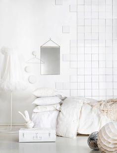 whites   PLAZA Interiors