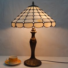 Pearl Tiffany Lamp	16S8-50T311