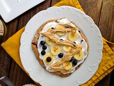 Oatmeal Blueberry Breakfast Pizza Cookie Thingy