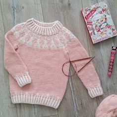 Вяжем бесшовный свитер снизу вверх или лопапейса он-лайн. ЭТАП № 1 | Knitted dreams magazine | ВКонтакте