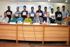 TIB awards 9 journos for investigative journalism