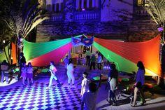 Balada Neon - Decoração da Festa Keep Calm And Go Neon Vai fazer uma festa Neon ? Nós organizamos ela para você