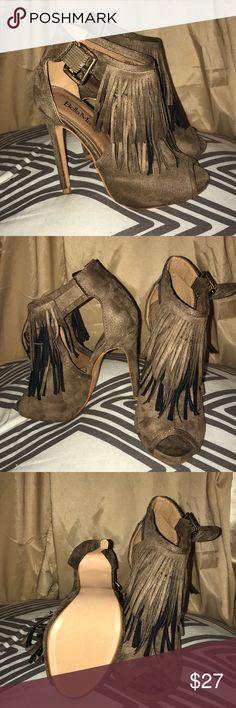 FRINGE HEELS Never worn! Windsor Shoes Heels