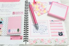 My current planner setup with the Mon Journal from Mochi Things // Geeky Posh