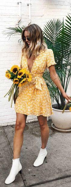 Maillot de bain : Garden Explorer Mustard Yellow Floral Print Mini Dress