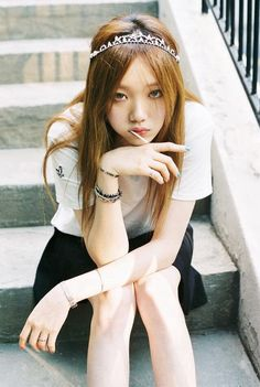 Fashion Korean Woman kimchipapi: Lee Sung Kyung by Shin Hye Rim Ulzzang Fashion, Ulzzang Girl, Korean Fashion, Lee Sung Kyung Fashion, Lee Sung Kyung Style, Lee Sung Kyung Photoshoot, Korean Celebrities, Celebs, Style Outfits