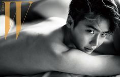 """Lee Jong Suk Lays Topless in Bed for """"W Korea"""" 