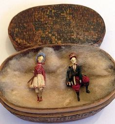 RARE EARLY WOODEN MINIATURE PAIR BOY AND GIRL DOLLS- C.1800s.