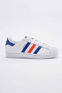 official photos 5812a 1d638 adidas Superstar East River Rivalry Trainers in White, Navy and Red