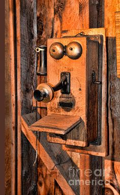 Telephone - Antique Hand Cranked Phone Art Print by Paul Ward Vintage Phones, Vintage Telephone, Radios, Alexander Graham Bell, Antique Phone, Old Country Stores, Old Wall, Old Phone, How To Antique Wood