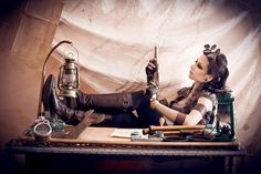 Steampunk its more than an aesthetic style, it's the longing for the past that never was. In Steampunk Girls we display professional pictures, and illustrations of Steampunk, Dieselpunk and other anachronistic 'punks. Some cosplay too! Steampunk Cosplay, Art Steampunk, Steampunk Clothing, Steampunk Fashion, Steampunk Outfits, Vintage Gothic, Neo Victorian, Edwardian Era, Death Metal