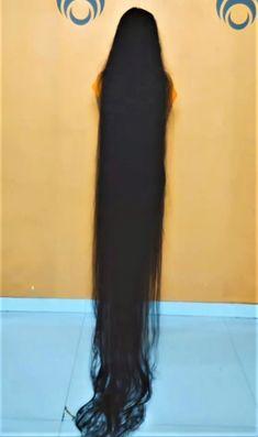 Real Rapunzel, Rapunzel Hair, Really Long Hair, Super Long Hair, Longer Hair, Beautiful Long Hair, Layered Cuts, Dream Hair, Female Images