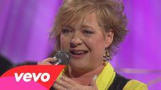 Sheri Easter - Hear My Heart (Live)