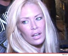 Jenna Jameson's bday celebrations got off to a rocky start -- the XXX star was arrested for battery Saturday night ... before her shindig even kicked off.