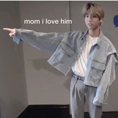 The post Stray Kids meme appeared first on Kpop Memes. Kind Meme, All Meme, Love Memes, K Pop, Meme Pictures, Reaction Pictures, Funny Kpop Memes, Bts Memes, Flipagram Video