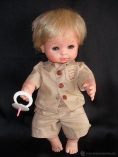 Muñeco  Baby Mocosete safari de Toyse con el rarísimo chupete ( vendido, sold)