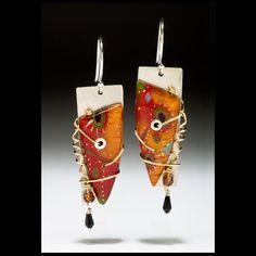 Earrings by Studio Picea - Sue Savage. Rose Gold Jewelry, Sea Glass Jewelry, Pendant Jewelry, Jewelry Art, Fashion Jewelry, Jewelry Design, Custom Jewelry, Unique Jewelry, Decoupage Vintage