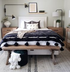 Get inspired by Eclectic Bedroom Design photo by Room Ideas. Wayfair lets you find the designer products in the photo and get ideas from thousands of other Eclectic Bedroom Design photos. Home Interior, Interior Design, Interior Livingroom, Interior Ideas, Home Bedroom, Tiny Master Bedroom, Bedroom Lamps, Mid Century Modern Master Bedroom, Apartment Master Bedroom