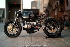 NCT built a BMW called a Black Stallion. The guys from NCT customized every single part. A modern and minimalistic cafe racer. Read the story. Bmw Scrambler, Motos Bmw, Bobber Custom, Custom Bmw, Custom Cafe Racer, Custom Bikes, Custom Choppers, Bmw Cafe Racer, Cafe Racer Motorcycle