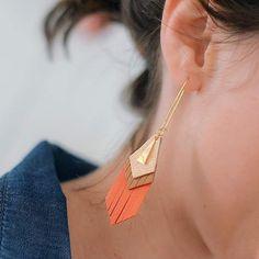 NETZA Design / boucles d'oreilles en cuir Petite Apache / photo Maêva Martin