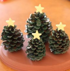 kids craft pine cone christmas tree village decoration i dig with pinecone christmas crafts