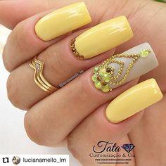 Ideas fails design summer stiletto simple for 2019 Pedicure Nail Art, Nail Manicure, Rhinestone Nails, Bling Nails, Gem Nails, Hair And Nails, Diamond Nail Art, Nailart, Short Square Nails