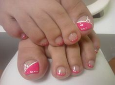 hot pink toes