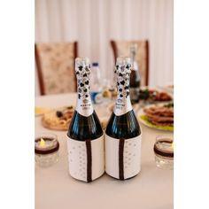 Украшение бутылок шампанского на свадьбе Георгия и Екатерины