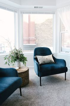The Embrace chair has curved arms and back that fit you in all the right places while its deep, plush seats keep you fully supported and relaxed. High-shine velvet upholstery and slender modern legs make this a beautiful as well as comfortable addition to your room. Photo by Kitty Cotten. #HomeDecorIdeas #VelvetChair #VelvetFurniture