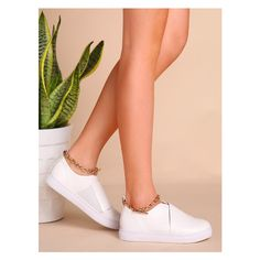 White Faux Leather Low Top Ankle Chain Flats (180 RON) ❤ liked on Polyvore featuring shoes, flats, vegan flats, low profile shoes, vegan leather shoes, flat heel shoes and white low tops