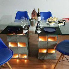 Galeria do Leitor - DIY (do it yourself/ faça você mesmo) Mesa feita de blocos de concreto, Cabeça de boi com pintura mexicana, Quadro de lousa feita com tv antiga e nichos de caixotes de madeira.