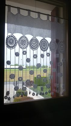 The post . appeared first on Gardinen ideen. The post .gardine appeared first on Gardinen ideen. Filet Crochet, Crochet Motif, Crochet Doilies, Crochet Flowers, Crochet Stitches, Crochet Patterns, Crochet Ideas, Doily Art, Flower Curtain