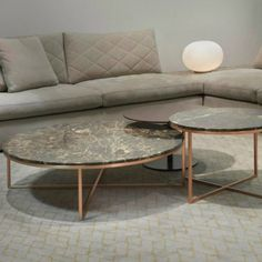 Perfect Coffee And Center Table for Your Living Room Centre Table Living Room, Center Table, Living Room Sofa, Luxury Furniture, Furniture Design, Centre Table Design, Decoration, Home Decor, Circle Circle