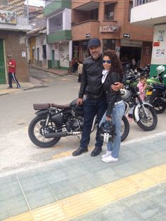 My enfield and my wife, Don matias Antioquia