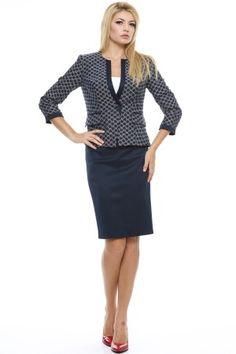 Tinuta sacou jacard bicolor si fusta conica cu betelie. Dresses For Work, Casual, Style, Fashion, Swag, Moda, Fashion Styles, Fashion Illustrations, Outfits