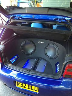 Hi-Fi Audio In Style for Home Entertainment Custom Subwoofer Box, Subwoofer Box Design, Car Audio Installation, Home Theater Installation, Custom Car Audio, Custom Cars, Vw Pointer, Jetta A2, Chevy Trucks