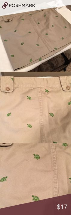 J.Crew Size 2 Turtle 🐢 Print Mini Skirt Can this get anything cuter 🐢😍!!! It is in great condition except for being wrinkled a little. It measures from waist to bottom 16 inches. My home is smoke free I do have pets. 💫ONLY REASONABLE OFFERS EXCEPTED💫🚫NO TRADES🚫 Thanks for taking a look at my closet. Haven't any questions please feel free to ask 😀 J. Crew Skirts Mini