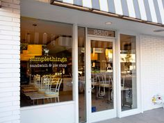 Simple Things, Los Angeles, Recommended Menu Items - Pulled Chicken Sandwich, Banana Cream Pie