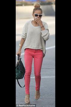 Beige jumper & coral jeans
