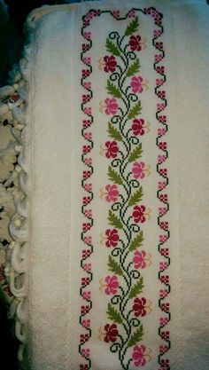 This Pin was discovered by Δαφ Cross Stitch Art, Cross Stitch Borders, Cross Stitch Flowers, Cross Stitch Designs, Cross Stitch Embroidery, Cross Stitch Patterns, Embroidery Stitches Tutorial, Embroidery Patterns Free, Embroidery Designs