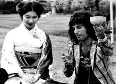 Freddie Mercury of Queen in Japan, 1975