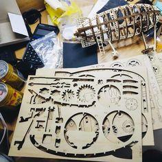 Puzzle en bois 3D Maquette DIY Puzzle mecanique Mecapuzzle DIY  Loisirs créatifs Idée cadeau Puzzle Puzzles, Gift Wrapping, Assemblage, Diy, Gifts, Wood, Wood Patterns, Basket, Creative Crafts