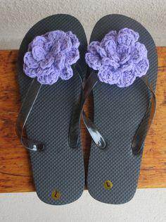 Black Flip Flops, Women's Size Large 10 - 12 Flip Flops, Lavender Flower Flip Flops, Beach Sandals, Sandals by Hookedonyarnct on Etsy