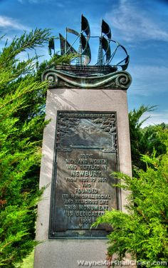 Historic Old Newbury - Wayne Marshall Chase (Images-of-New-England) James, Nicholas, and William Noyes