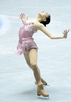 Zijun Li Photo - ISU World Team Trophy 2013 - Day 3.I love watching ice skating.Please check out my website thanks. www.photopix.co.nz