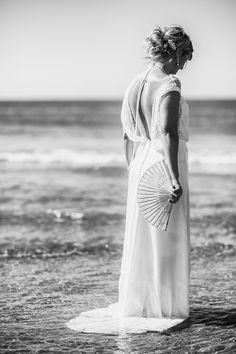 #photo de #mariage #mariée à #montpellier sur la #plage #wedding #photographe #bride #beach #sea #mer