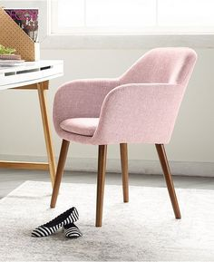 Black Dining Chairs Videos Mix Match - Mismatched Accent Chairs For Living Room - Adirondack Chairs DIY Tutorials Study Table And Chair, Table And Chairs, Dining Chairs, Girls Desk Chair, Study Chairs, Ikea Chairs, Dining Table, Bag Chairs, Club Chairs