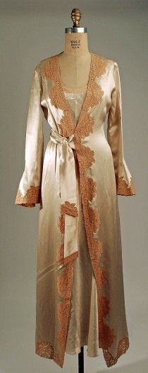 1931 negligee
