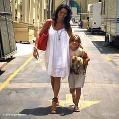 Angie Harmon  with  daughter  Emery